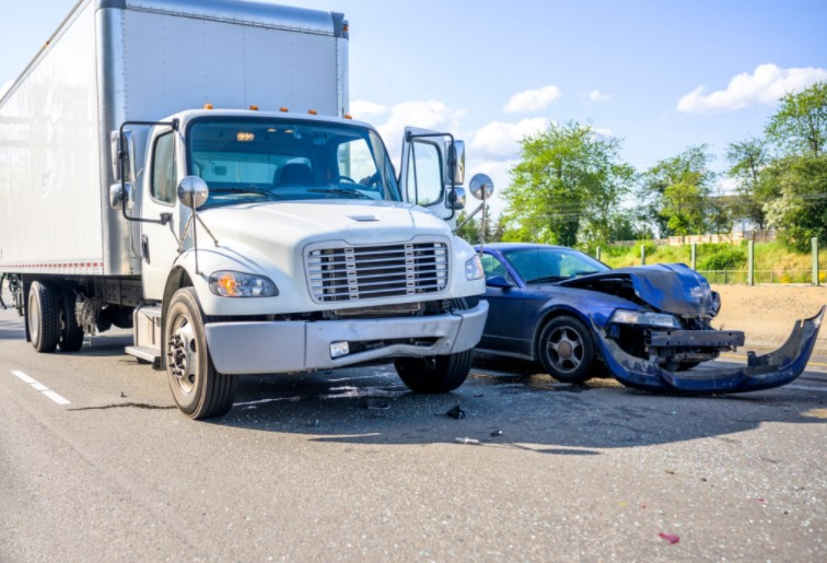 388CEDA lawyer-truck-accident-miami